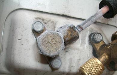 Обмерзание-вентелей-на-наружном-блоке